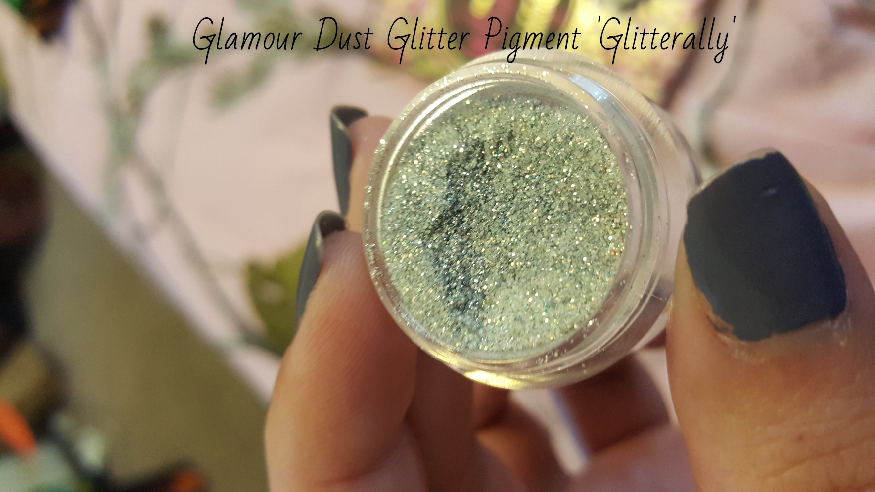 Glitter glue makeup